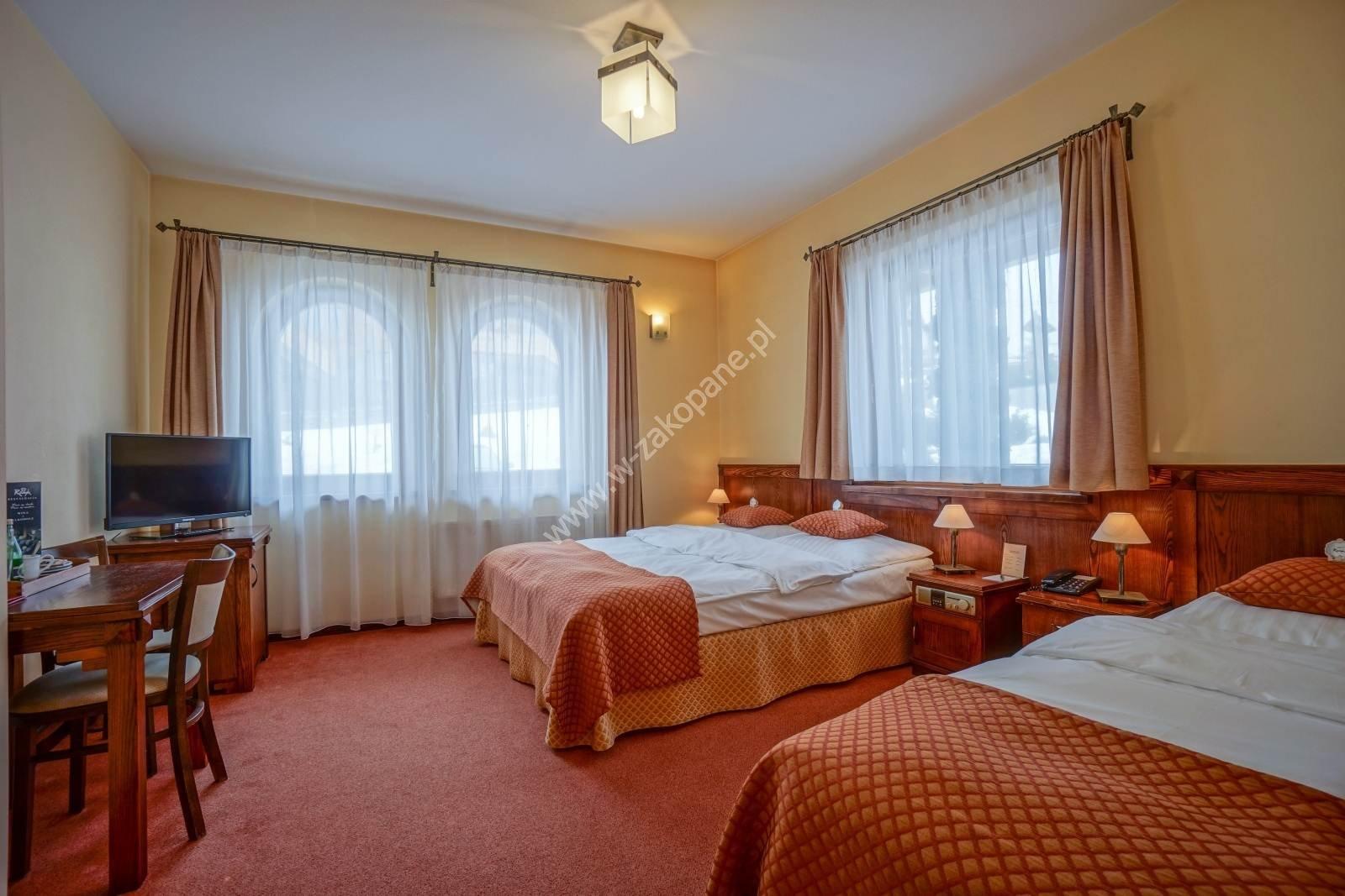 Ośrodek Usług Hotelarskich REDYK-1039
