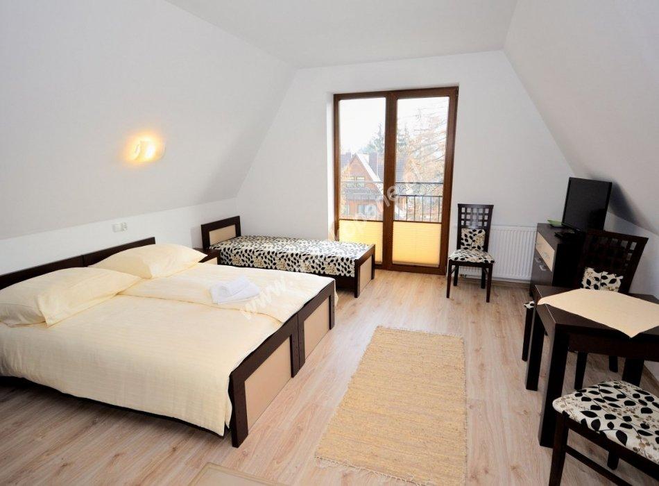 Domek / apartamenty-1384
