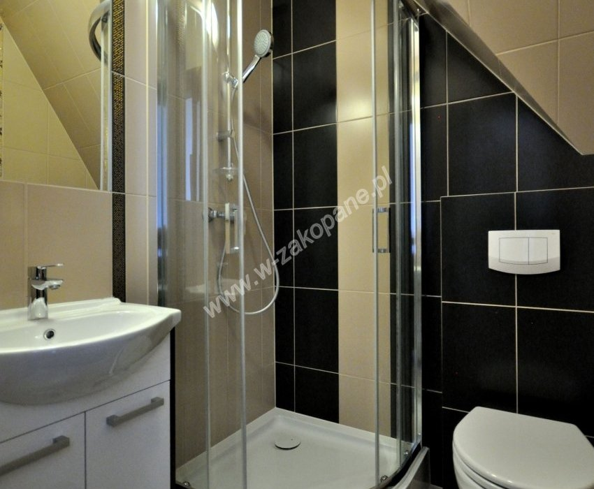 Domek / apartamenty-1391