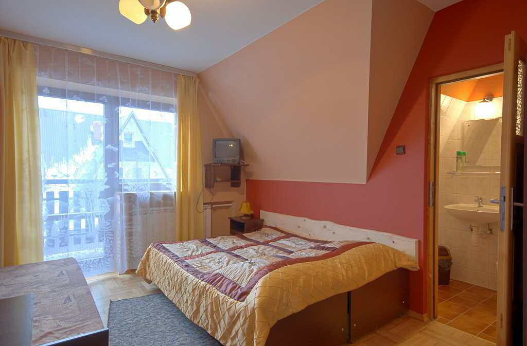 Pokoje Gościnne MADZIA-3664