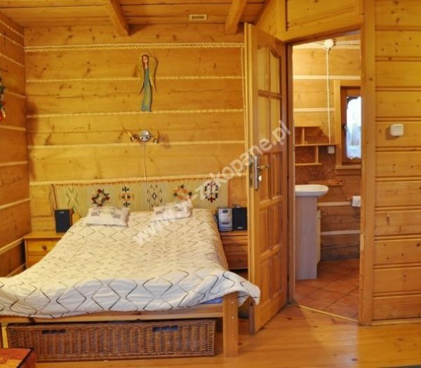 Dom drewniany z widokiem na Tatry-1701